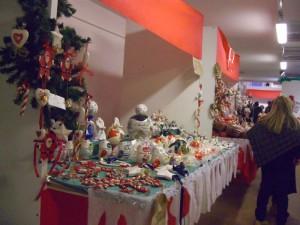Alcuni tra gli stand in stile più natalizio.
